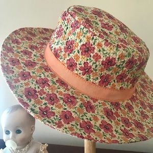 Gymboree Childs straw Hulu hat 3/4